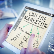 revisa marketing y comunicación digital